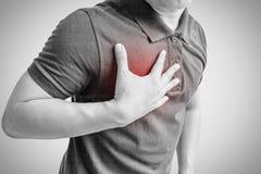 Hombre con ataque del corazón imagen de archivo