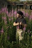 Hombre con el arma Fotos de archivo libres de regalías