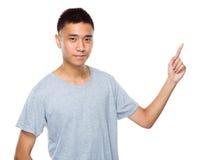 Hombre con el finger para arriba Fotografía de archivo