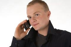 Hombre con el teléfono celular imagenes de archivo