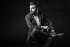 Hombre con la barba, blanco y negro Fotos de archivo
