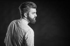 Hombre con la barba, blanco y negro Imágenes de archivo libres de regalías