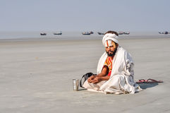 Hombre con la barba negra en Bengala Occidental Imágenes de archivo libres de regalías