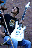 Hombre con la guitarra Fotografía de archivo libre de regalías
