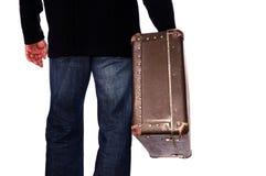 Hombre con la maleta a disposición Fotos de archivo