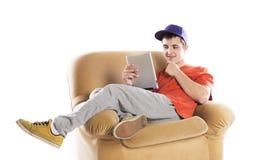 Hombre con la tableta de la PC Fotografía de archivo