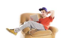 Hombre con la tableta de la PC Imagen de archivo