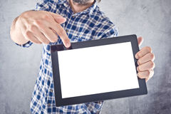 Hombre con la tableta digital Fotos de archivo