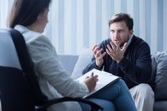 Hombre con problema de salud mental Imágenes de archivo libres de regalías