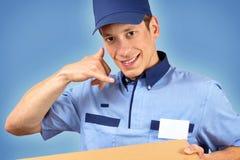Hombre de entrega de la pizza Imagen de archivo libre de regalías