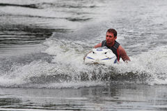Hombre de la foto de la acción en el Watercraft de Seadoo Imagenes de archivo
