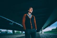 Hombre de la moda de los jóvenes Foto de archivo libre de regalías