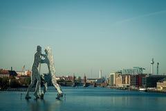 Hombre de la molécula en Berlín Imagen de archivo libre de regalías