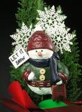 Hombre de la nieve de la Navidad Imagen de archivo libre de regalías