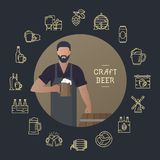 Hombre de la plantilla con una cerveza a disposición con un lugar para el texto stock de ilustración