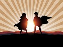Hombre de la silueta y super héroe de las mujeres con luz del sol stock de ilustración