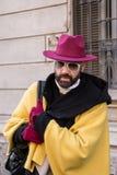 Hombre de moda que presenta en la semana de la moda del ` s de Milan Men Fotografía de archivo libre de regalías