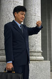 Hombre de negocios/abogado con una cita Fotos de archivo