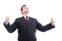Hombre de negocios, accountat o encargado financiero actuando victoriosos Imagen de archivo libre de regalías