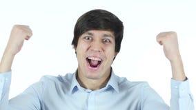 Hombre de negocios acertado Celebrating His Success, el reaccionar, sorprendente, jóvenes, almacen de metraje de vídeo