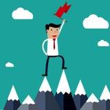 Hombre de negocios acertado que sostiene la bandera encima de la montaña ilustración del vector