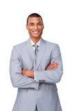 Hombre de negocios afroamericano con los brazos plegables Imagen de archivo