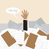 Hombre de negocios bajo mucho documento y llamada para h Imagen de archivo