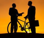Hombre de negocios Bicycle Concept del transporte del negocio Imagenes de archivo