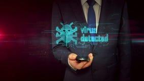 Hombre de negocios con concepto del holograma del smartphone y del virus almacen de video