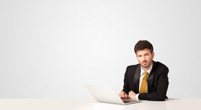 Hombre de negocios con el fondo blanco Foto de archivo libre de regalías