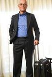 Hombre de negocios con equipaje Imagen de archivo libre de regalías