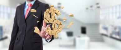 Hombre de negocios con la representación de estallido de la moneda 3D del dólar Foto de archivo