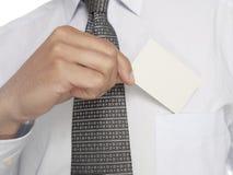 Hombre de negocios con la tarjeta Fotos de archivo