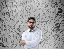 Hombre de negocios confuso pensativo Fotos de archivo libres de regalías