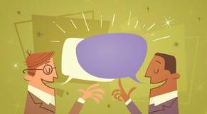 Hombre de negocios de la comunicación de la burbuja de Talking Chat Box de dos hombres de negocios Imágenes de archivo libres de regalías
