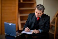 Hombre de negocios de la escritura Imagen de archivo libre de regalías