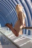 Hombre de negocios de mediana edad de salto Fotografía de archivo libre de regalías
