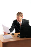 Hombre de negocios decepcionado por los documentos imágenes de archivo libres de regalías