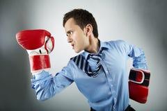 Hombre de negocios del boxeador imagenes de archivo