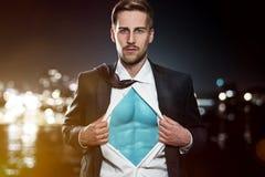 Hombre de negocios del super héroe fotografía de archivo libre de regalías