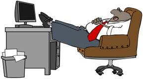 Hombre de negocios dormido en su escritorio Fotos de archivo