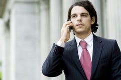 Hombre de negocios en el teléfono Foto de archivo libre de regalías