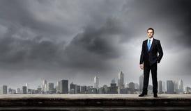 Hombre de negocios en el top Imagen de archivo libre de regalías