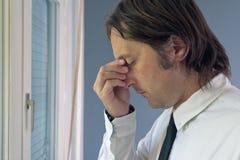 Hombre de negocios en problema Imagen de archivo libre de regalías