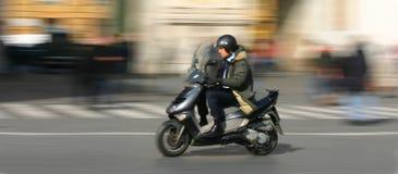 Hombre de negocios en retardo a una cita Foto de archivo libre de regalías