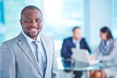 Hombre de negocios en traje imagen de archivo libre de regalías