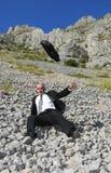 Hombre de negocios en una situación difícil imagen de archivo
