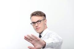 Hombre de negocios enojado que señala con su mano Fotos de archivo