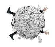 Hombre de negocios enterrado en la esfera de facturas financieras ilustración del vector