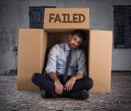 Hombre de negocios fallado en la calle foto de archivo